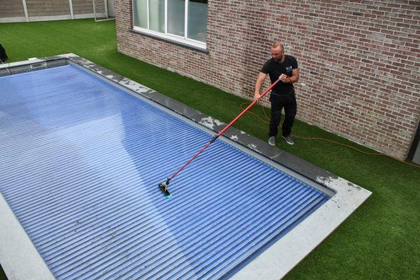 sdkcleaning-detailcleaning-zwembadrolluik-onderhouden5285B95FE-A6AC-6D6A-B40A-C24EC8CA3046.jpg